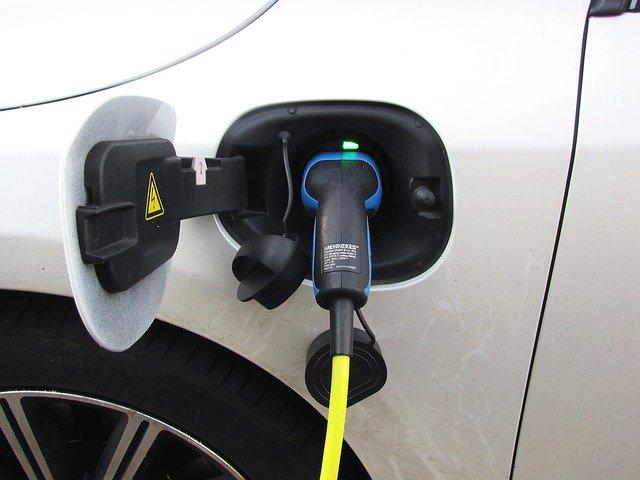 plug in hibrid műszaki vizsga